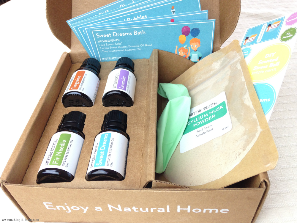 simply earth recipe box four full size essential oil bottles six recipe cards balloon